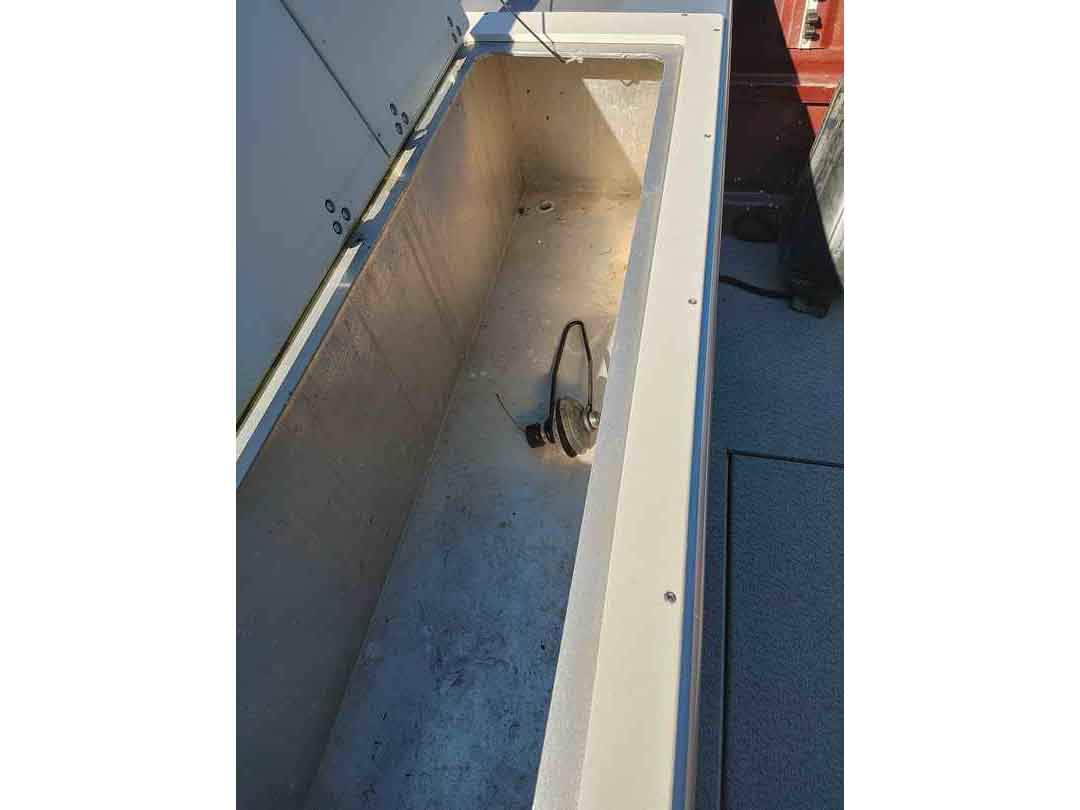 Aluminum Weldcraft Sport Fishing Boat image 7